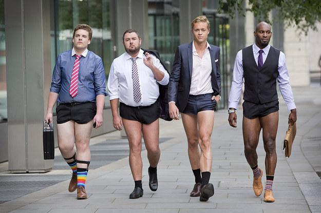 17-glorious-photos-of-men-walking-around-london-i-2-1053-1406887962-16_dblbig